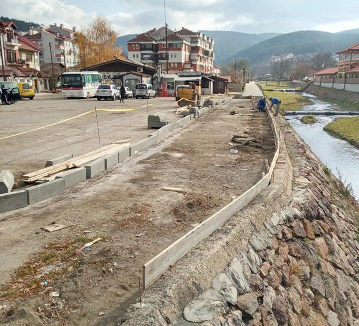 Започна изградба на пешачка патека по кеј на река Брегалница покрај автобуската станица во Берово