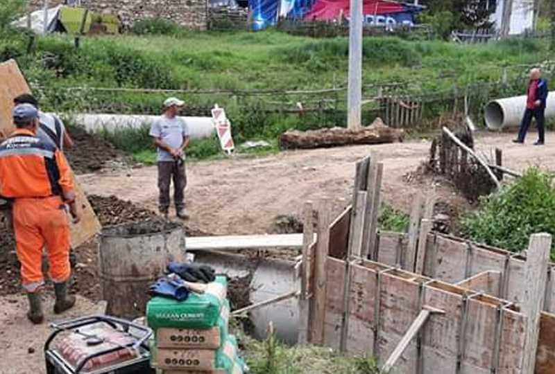 Израдба на фекална канализација во село Мачево, за 75 општини 99 проекти со пренаменетите пари за изградба на карго аеродром