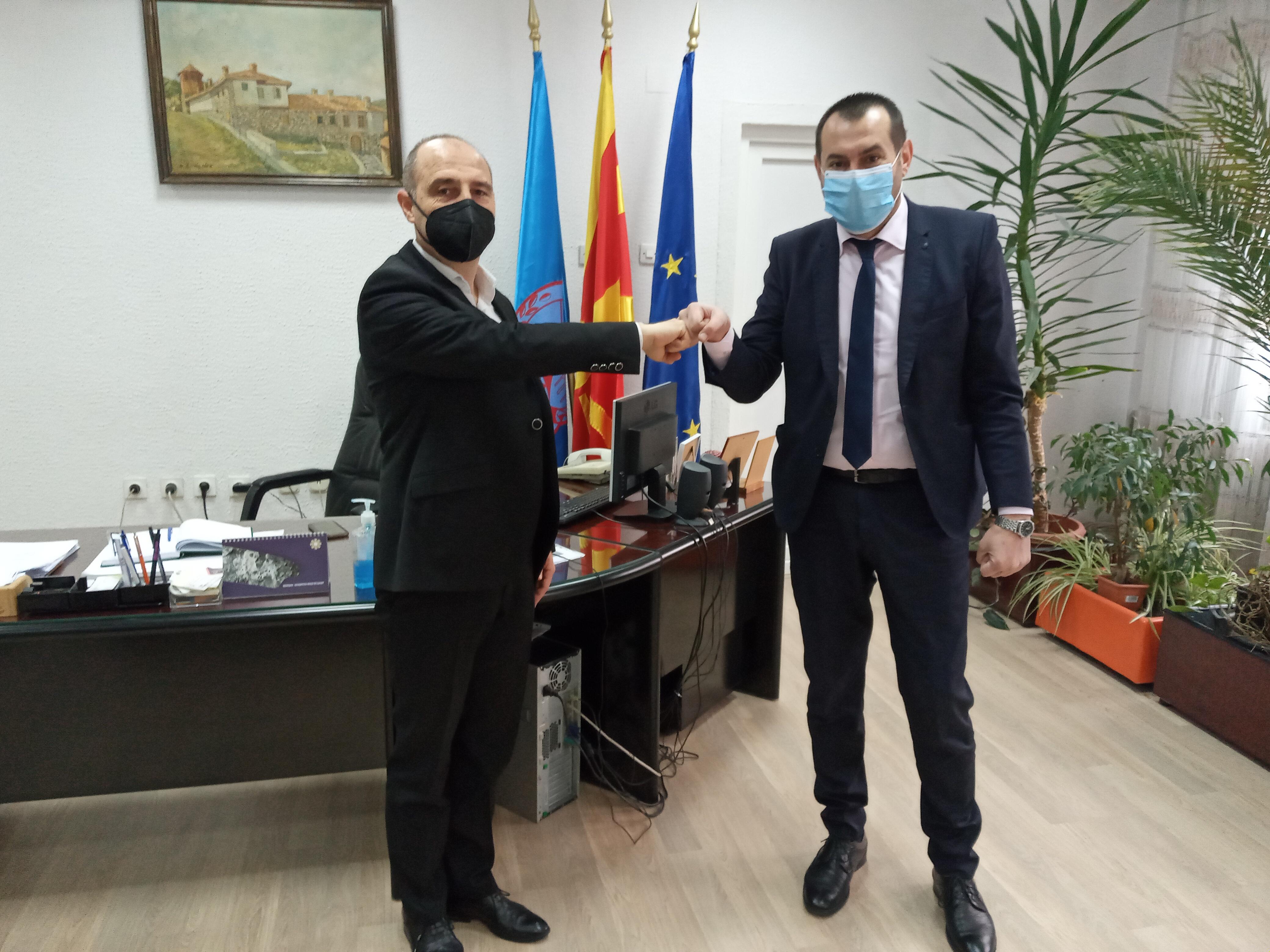 Градоначалникот Пекевски оствари работна средба со Петар Петров-прв секретар во Бугарската амбасада