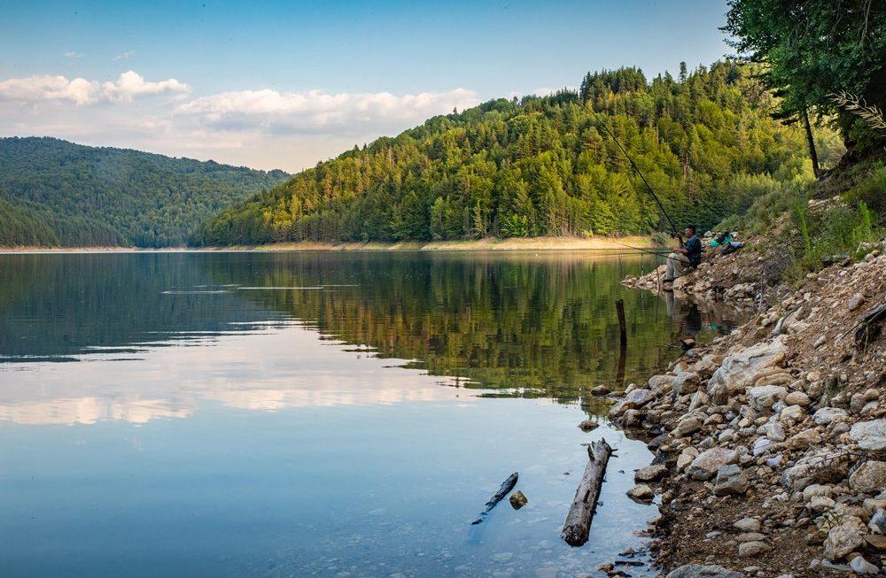 Се решава долгогодишниот проблем со водоснабдувањето во туристичка  населба Беровско Езеро