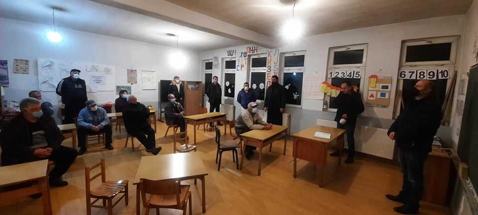 Одржани состаноци со одборите на месните заедници  и црковните одбори од с. Мачево и с. Смојмирово