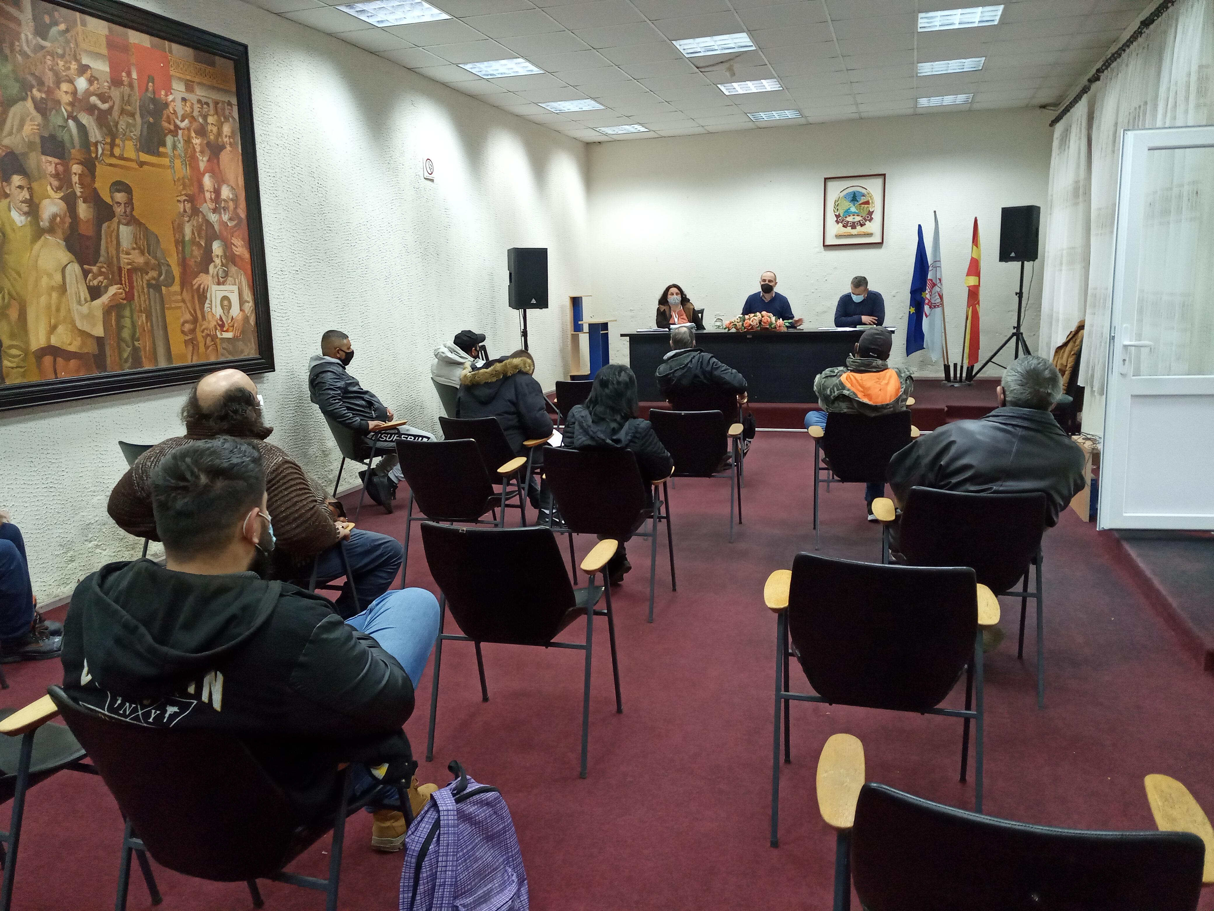 """Средба со граѓаните од ромската заедница по проект ,,Општините Штип и Берово заедно за подобрување на условите за живеење на ромските заедници"""""""