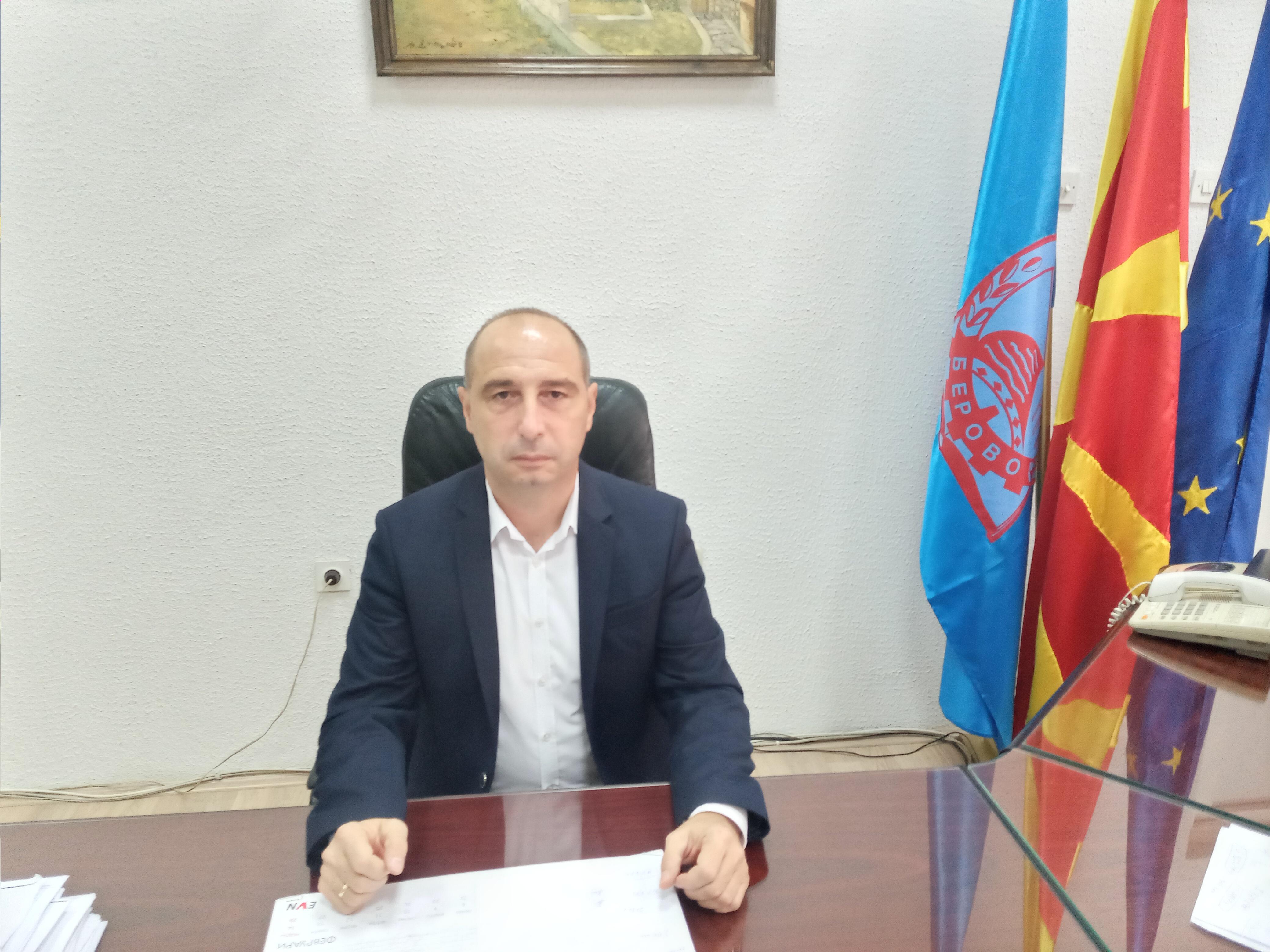 Одговор на Градоначалникот на Општина Берово во врска со обвинувањата за платата на пожарникарите