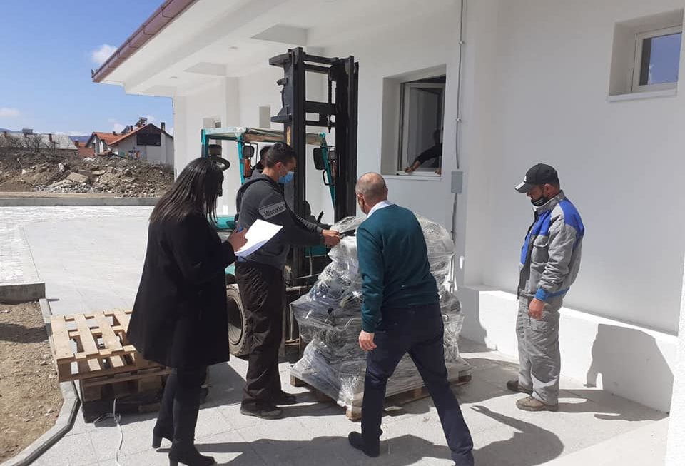 Асоцијација Алзас од Франција донира медицинска опрема за установи во Берово