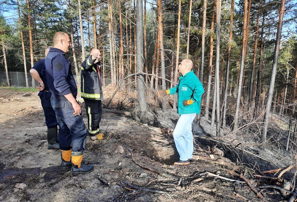 """Локализирање на пожарот во близина на туристичкиот комплекс """"Аурора"""""""