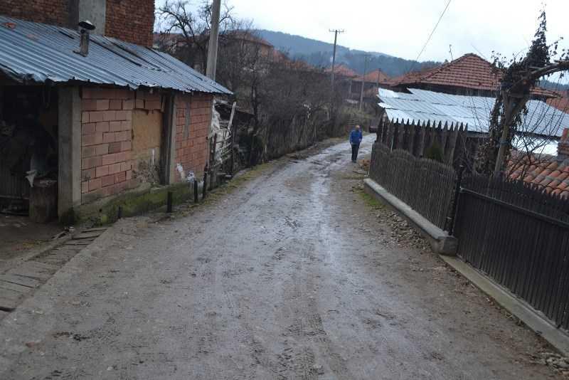 Потпишан договорот за изградба на канализациона мрежа КРАК 3 во с. Русиново