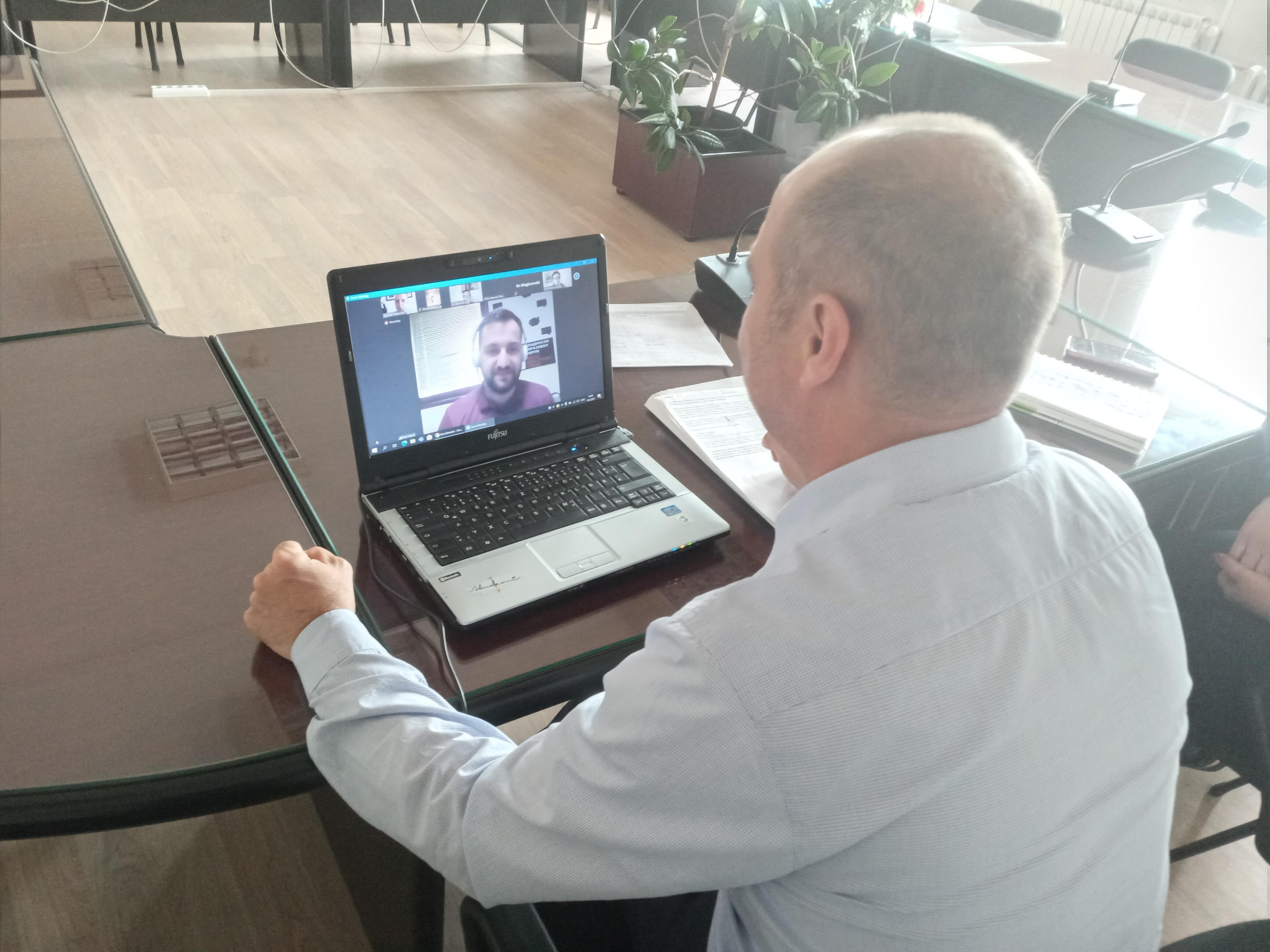 Градоначалникот Пекевски присуствуаше на состанок за застапување на младинските приоритети во Општина Берово