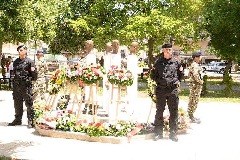 Берово денеска го чествува ликот и делото на своите загинати бранители Зоран Бубевски, Никола Пехчевски, Љупчо Мирчовски и Димитар Двојаковски