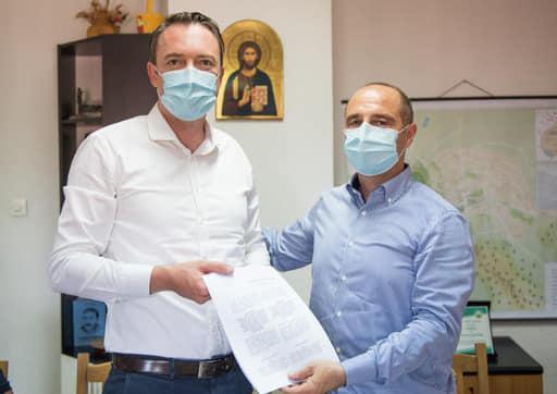 """Потпишан договор за oсветлување во туристичка населба ,,Беровско езеро"""""""